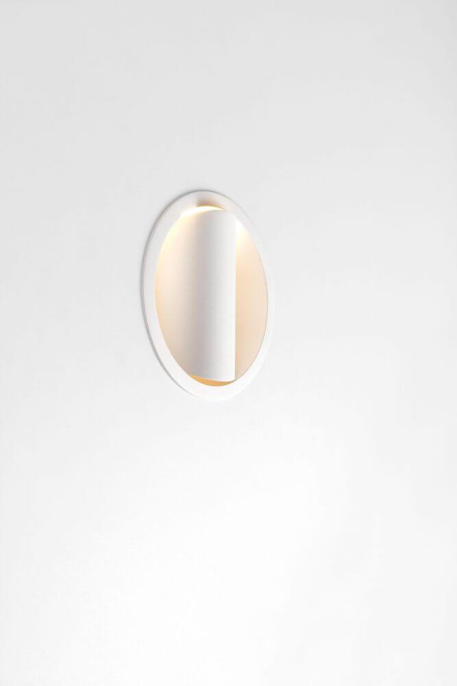 HOLLOW-125_WHSTR_0105 2019 Modular Lighting Instruments