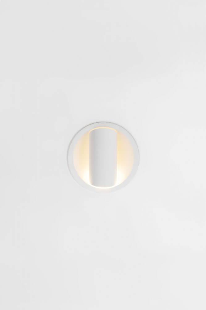 HOLLOW-125_WHSTR_0471V 2019 Modular Lighting Instruments